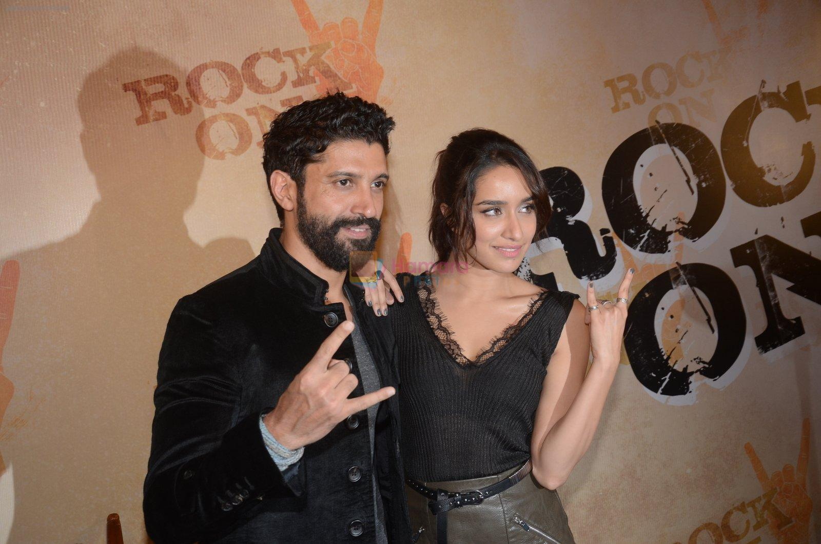 Shraddha Kapoor, Farhan Akhtar at Rock On 2 trailer launch on 2nd Sept 2016
