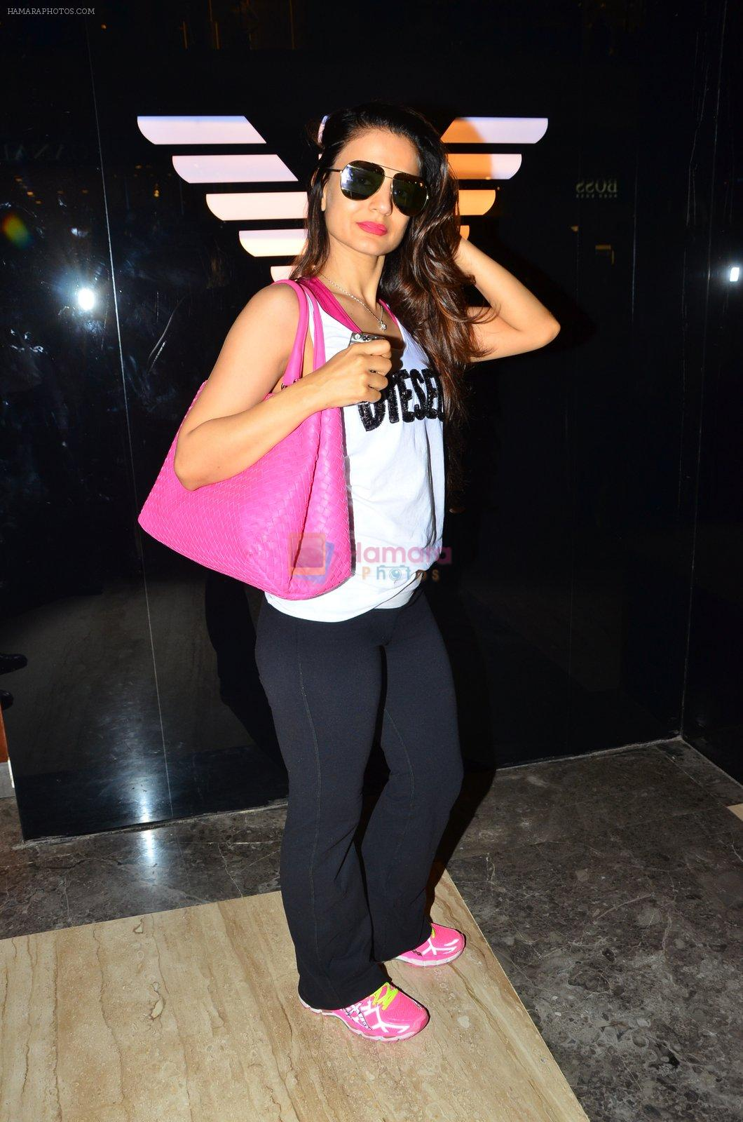 Ameesha Patel at Aldo launch in Mumbai on 2nd Sept 2016