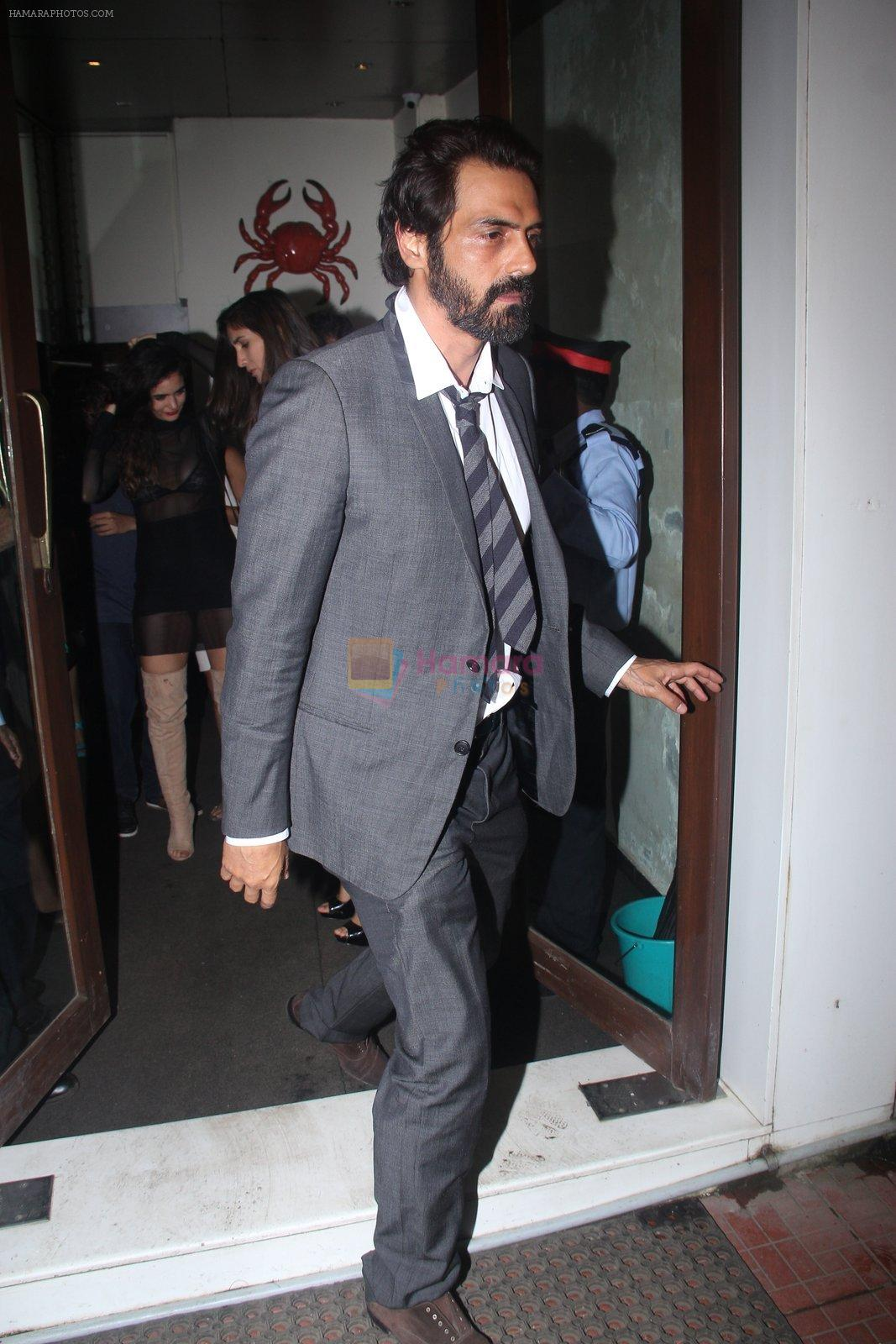 Arjun Rampal snapped at Baba Dewan's bash on 3rd Sept 2016