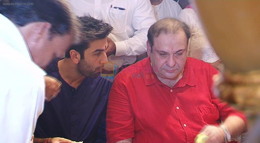 Ranbir Kapoor, Rajiv Kapoor at RK Ganpati celebration on 5th Sept 2016