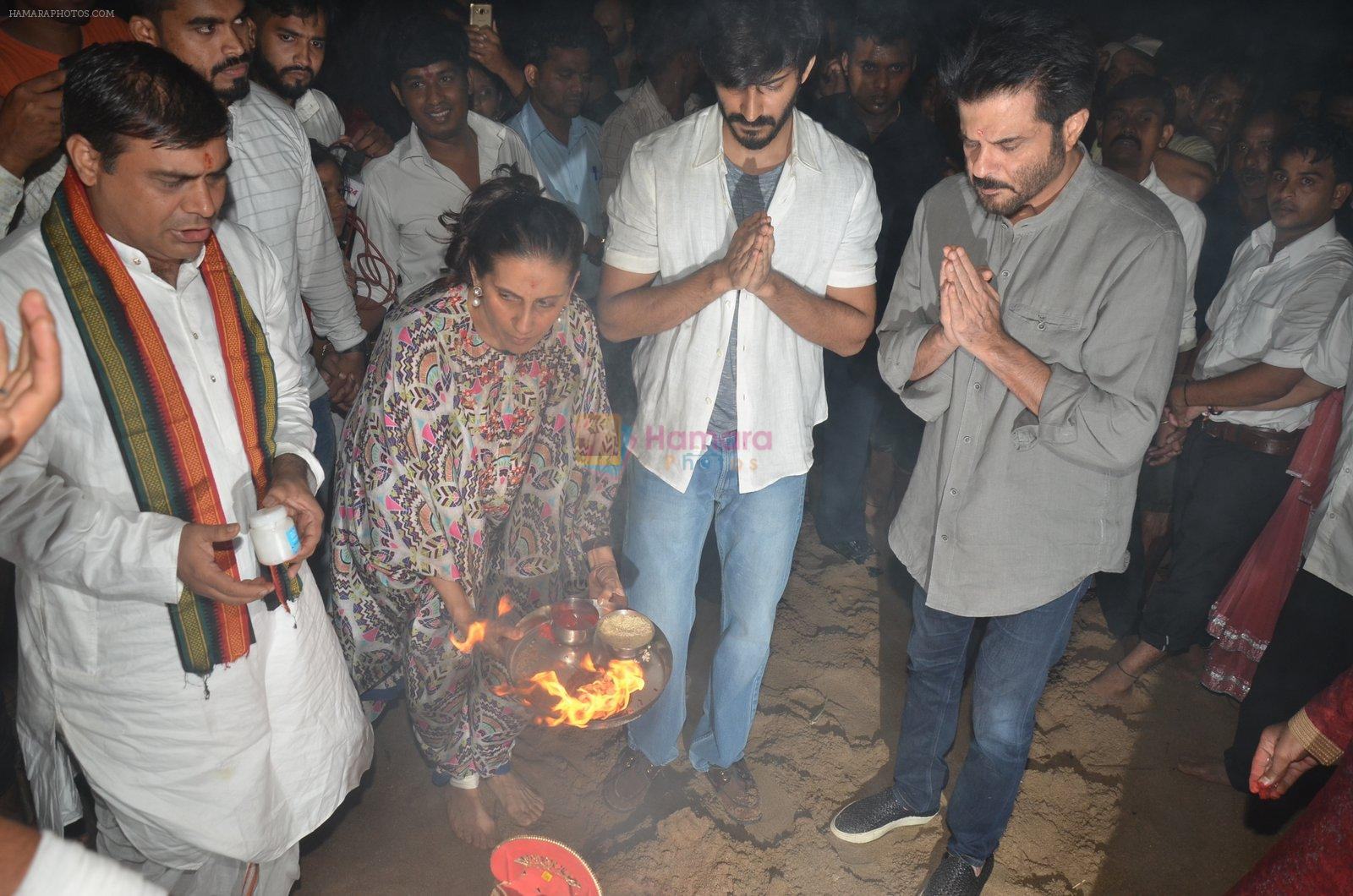 Anil Kapoor's Ganpati Visarjan on 6th Sept 2016