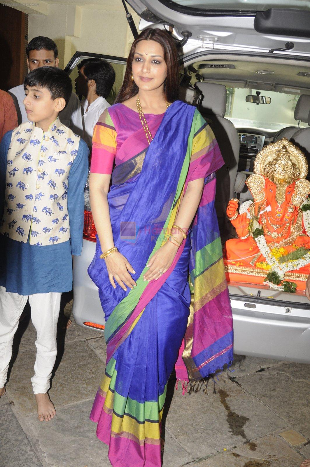 Sonali Bendre's Ganapati Visarjan on 6th Sept 2016