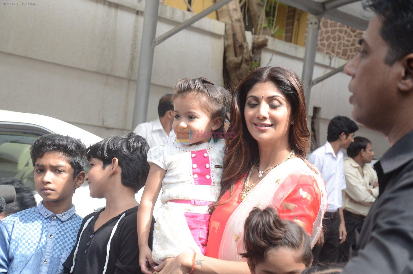 Shilpa Shetty Ganpati visarjan on 6th Sept 2016