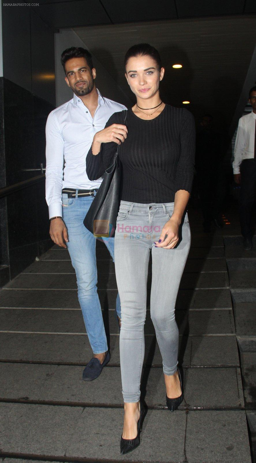 Upen Patel and Amy Jackson snapped on a dinner date at Hakassan on 7th Sept 2016