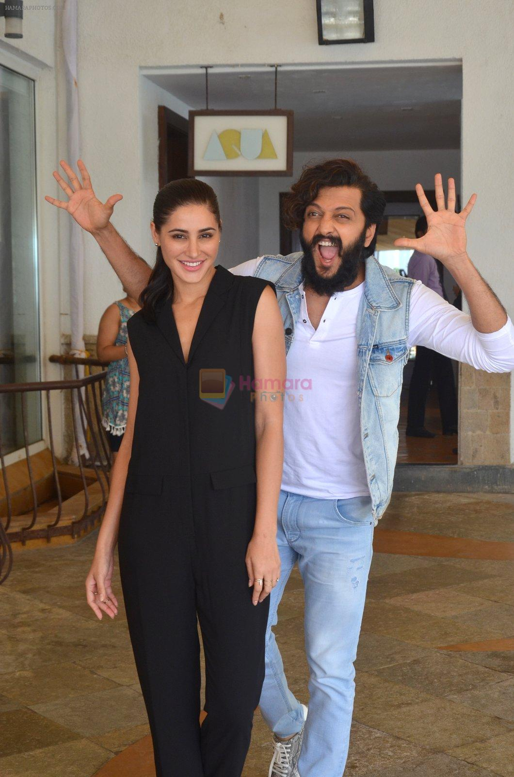 Nargis Fakhri, Riteish Deshmukh snapped for Banjo promotions in Mumbai on 8th Sept 2016