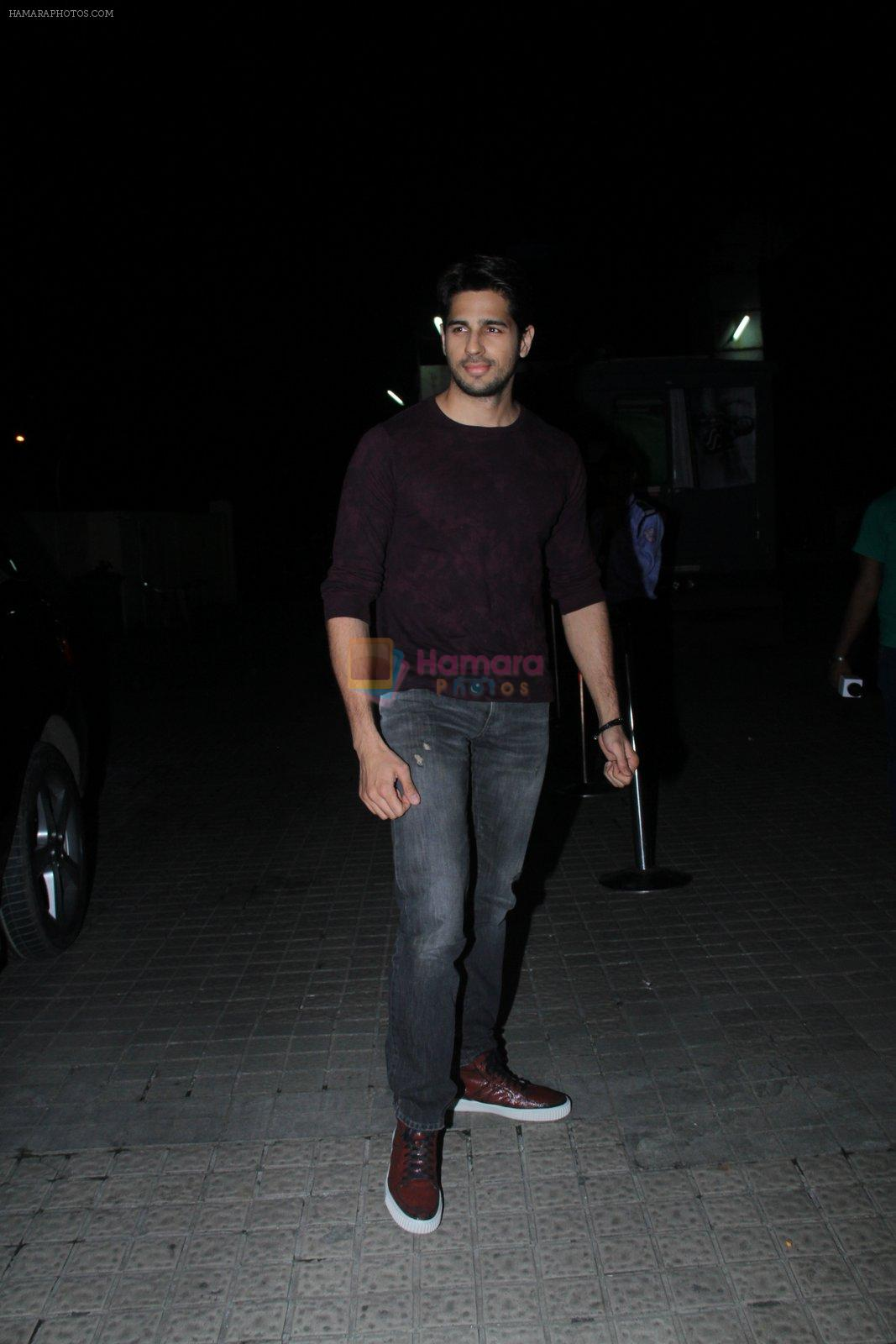 Sidharth Malhotra at Baar Baar Dekho Screening on 8th Sept 2016