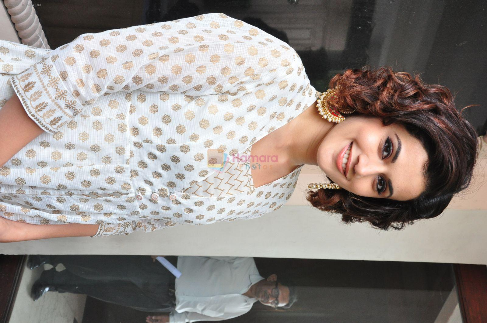 Taapsee Pannu at Pink press meet in Mumbai on 9th Sept 2016