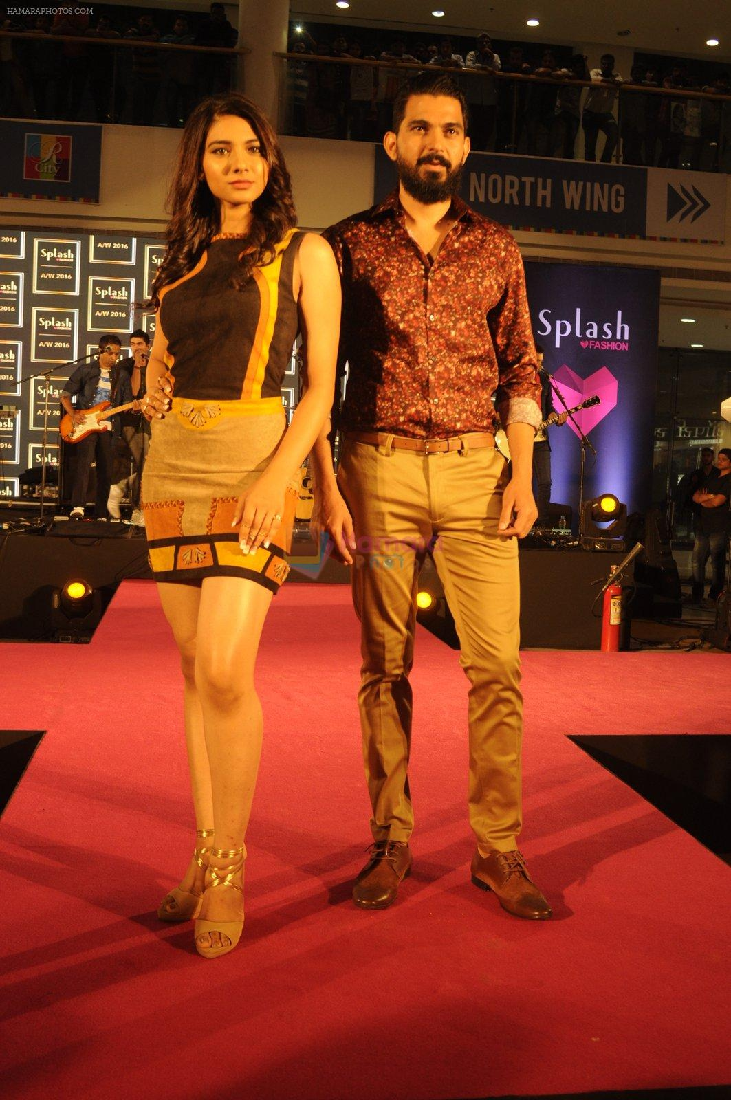Splash fashion show in Mumbai on 10th Sept 2016