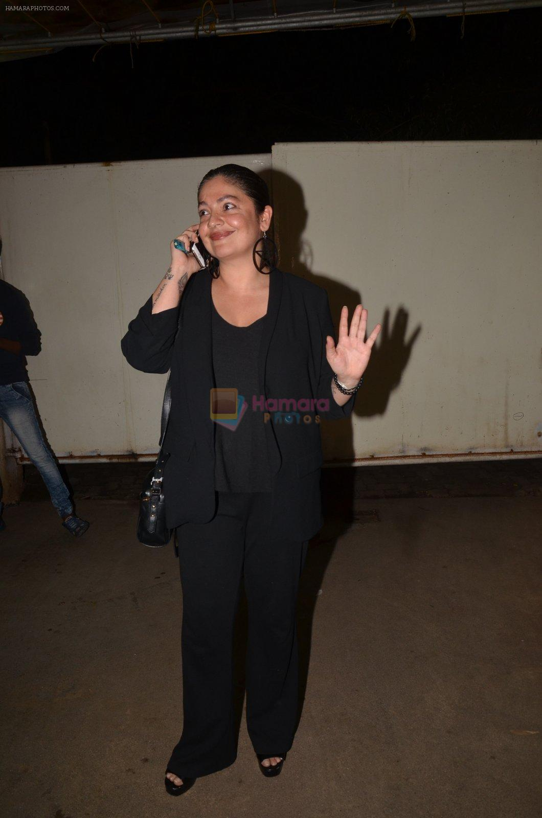 Pooja Bhatt at Pink Screening in Sunny Super Sound on 12th Sept 2016