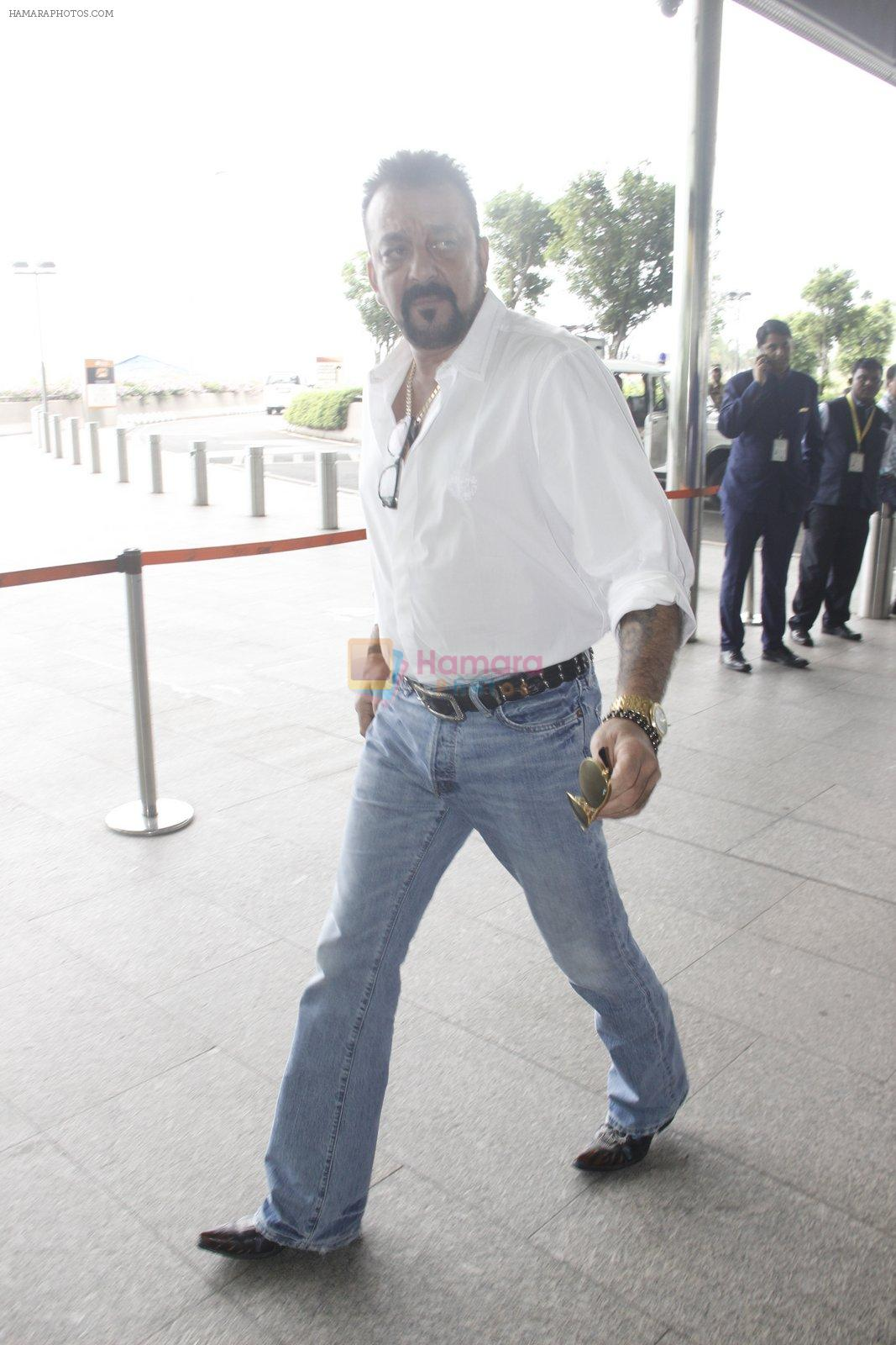 Sanjay Dutt snapped at airport on 12th Sept 2016