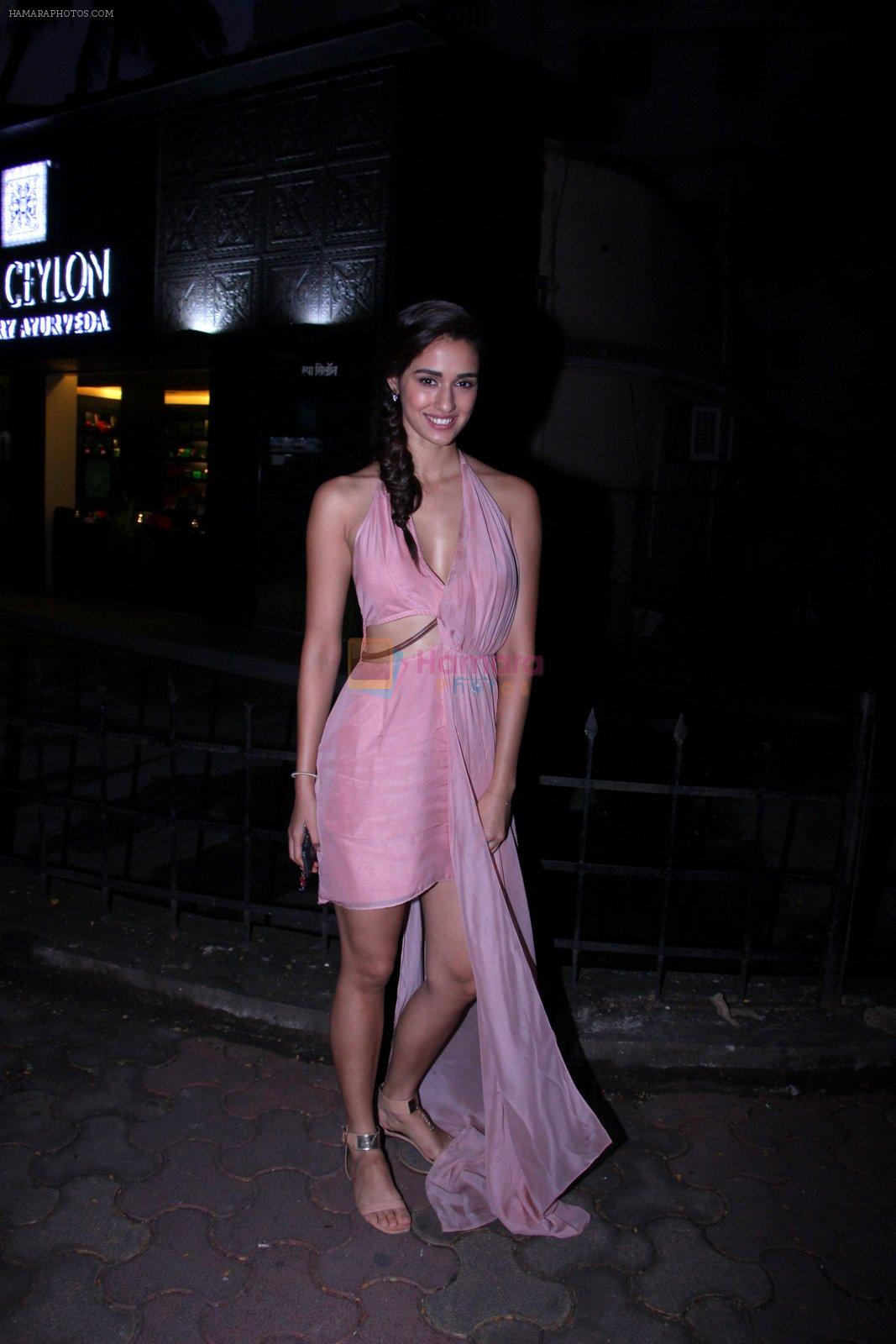 Disha Patani snapped outside her apartment on 13th Sept 2016