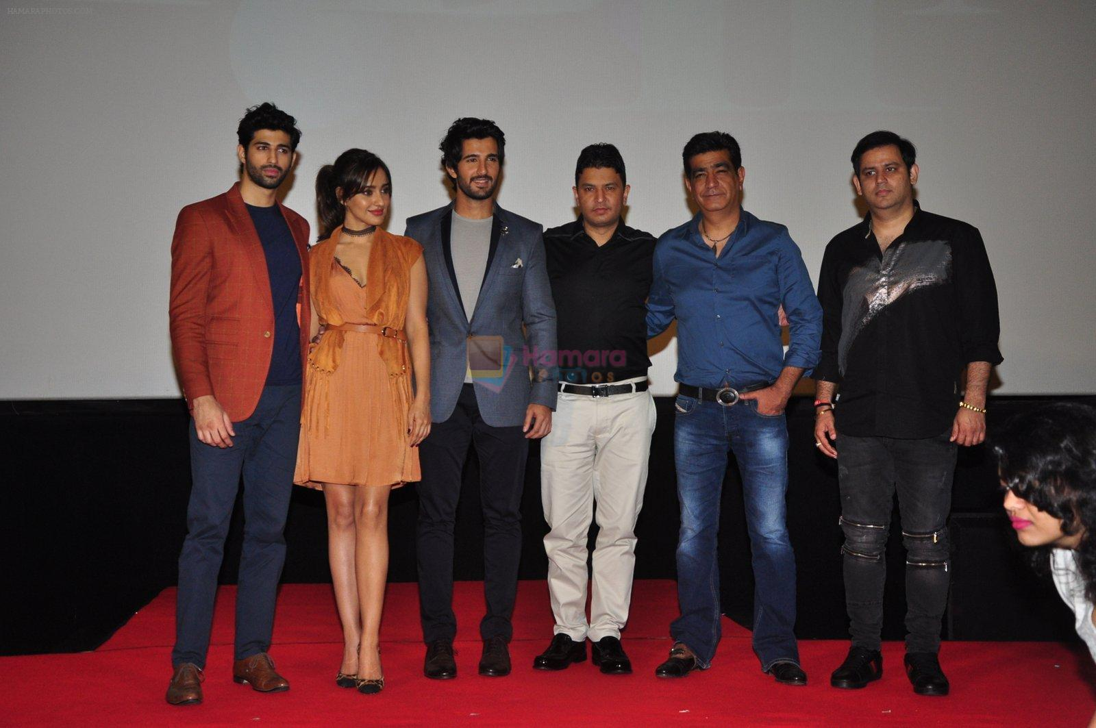 Aashim Gulati, Neha Sharma, Aditya Seal, Bhushan Kumar, Krishan Kumar, Ajay Kapoor at the Audio release of Tum Bin 2 on 14th Sept 2016