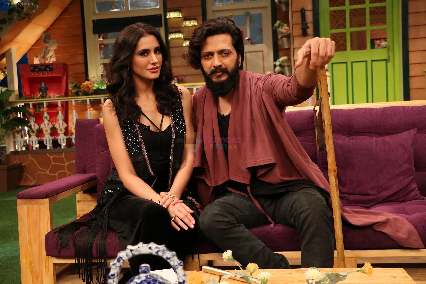 Riteish Deshmukh, Nargis Fakhri on the sets of The Kapil Sharma Show on 15th Sept 2016