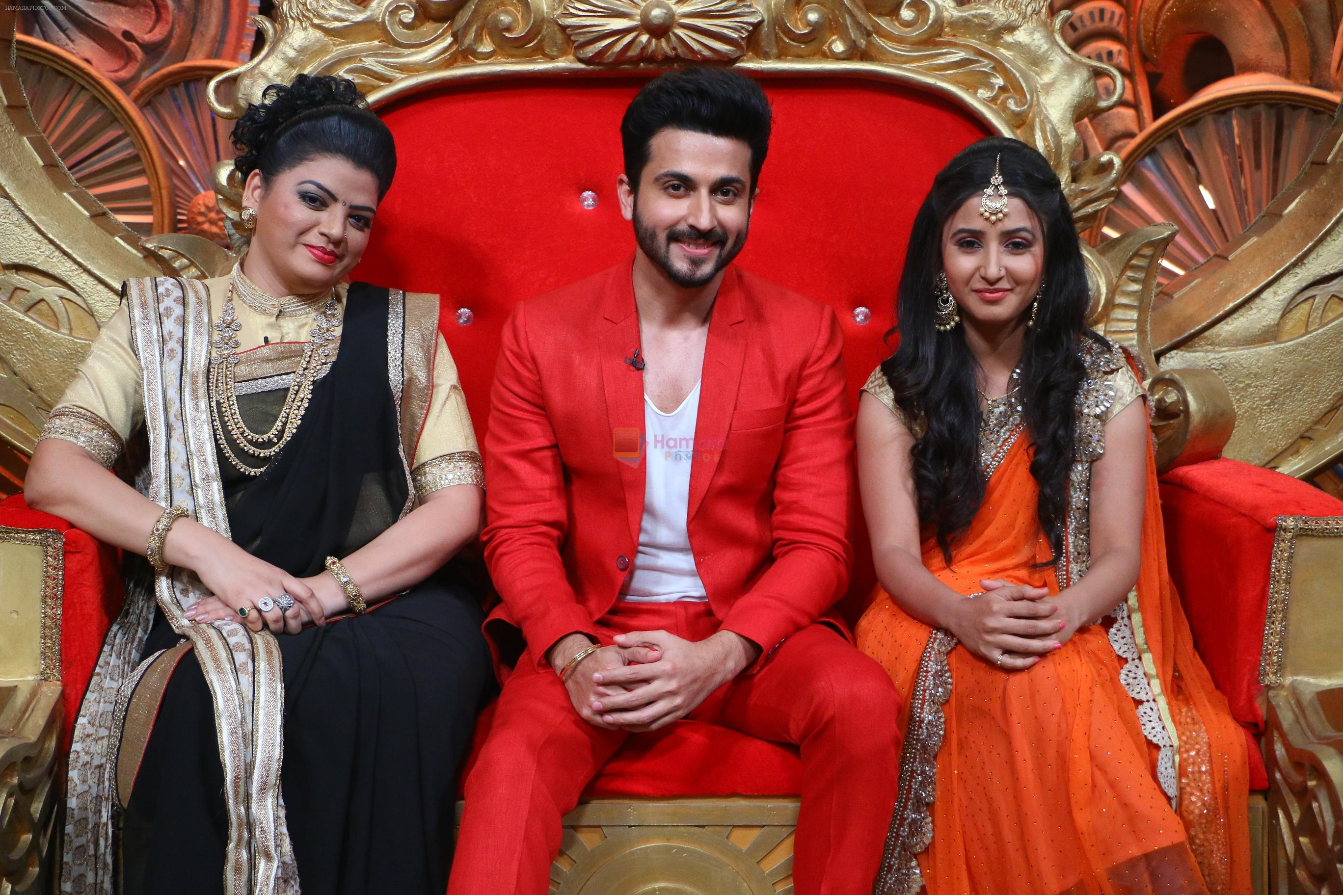 Prachee Pathak, Dheeraj Dhoopar and Sana Amin Sheikh on Comedy Nights Bachao