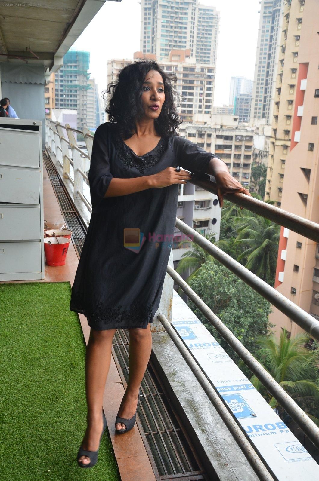 Tannishtha Chatterjee at Parched Photoshoot on 17th Sept 2016