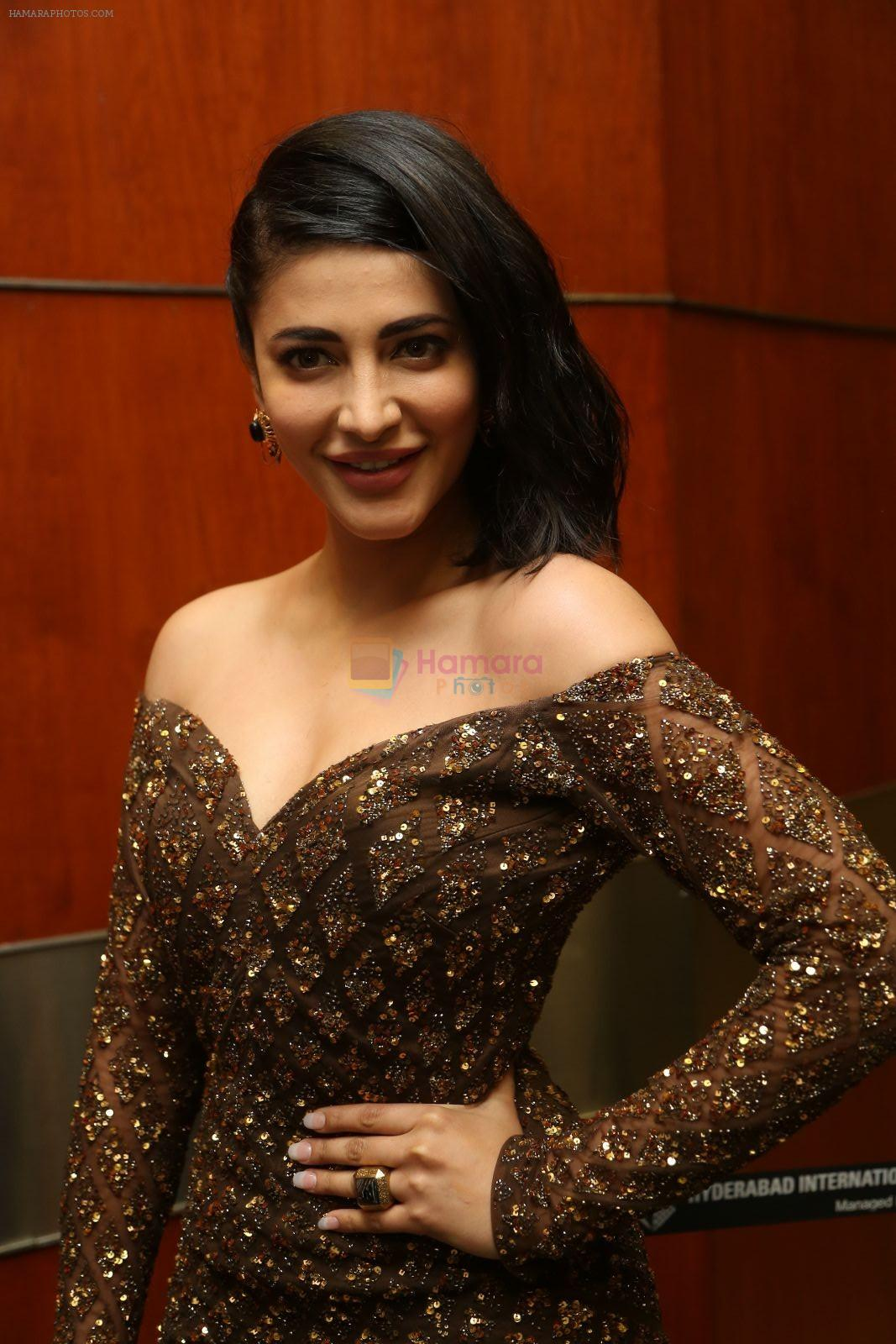 Shruti Haasan at Premam audio launch on 20th Sept 2016