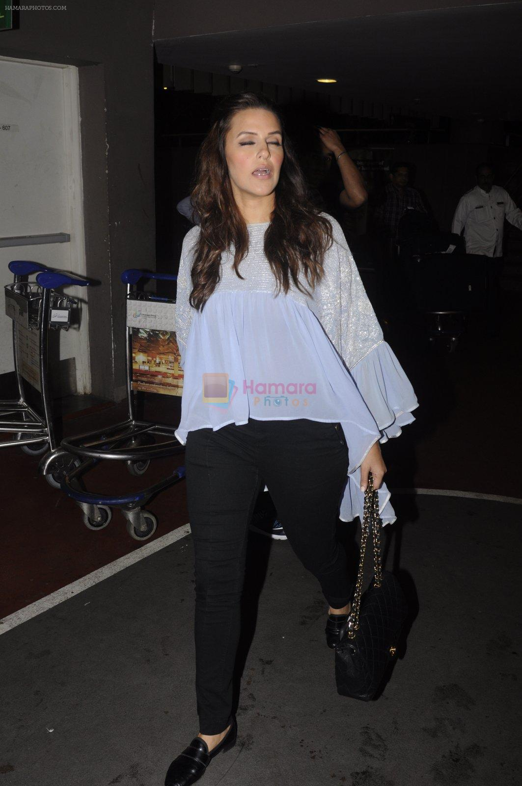 Neha Dhupia snapped at airport on 20th Sept 2016