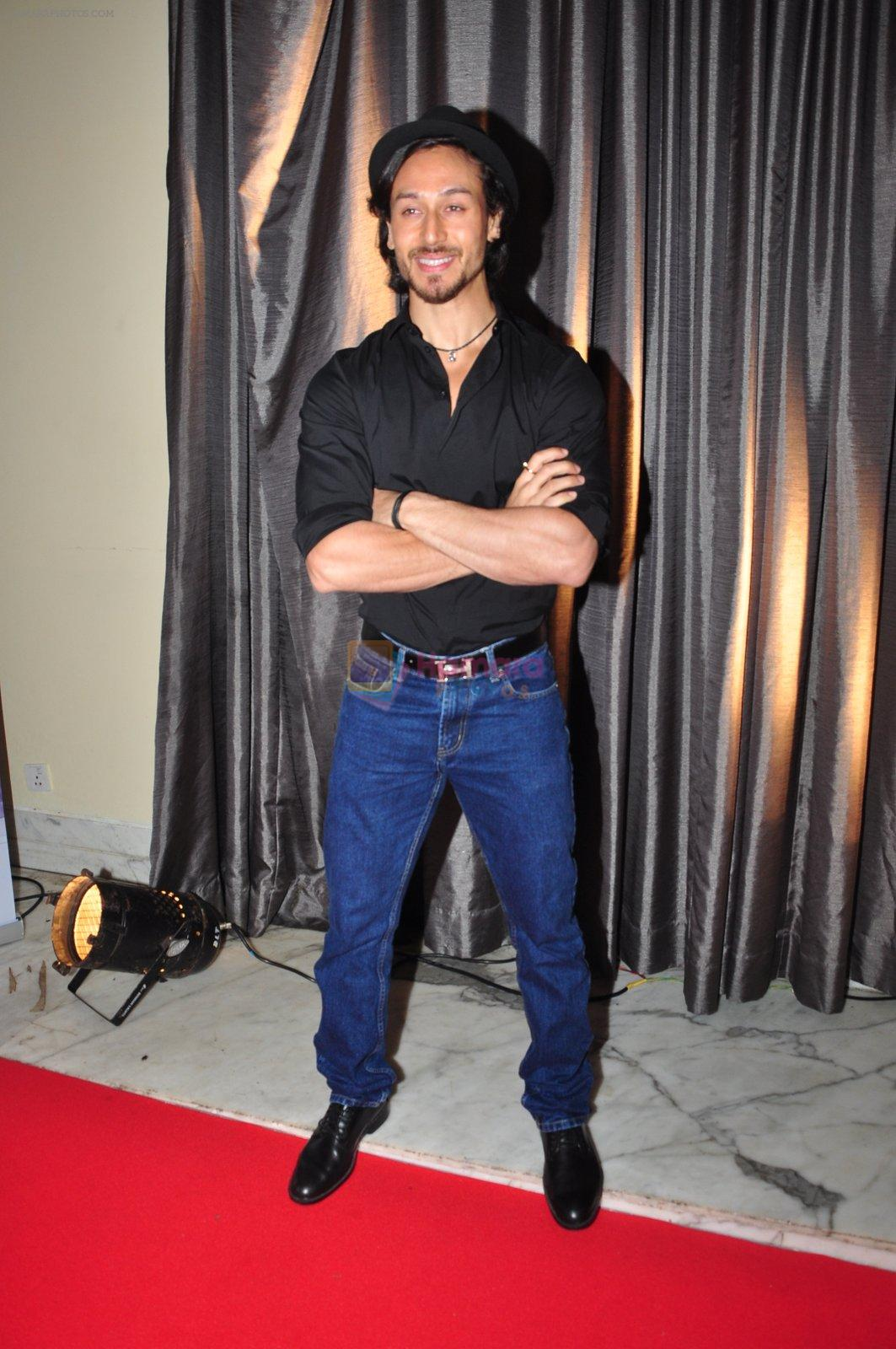 Tiger Shroff at the launch of Sajid Nadiadwala's France Honours on 20th Sept 2016