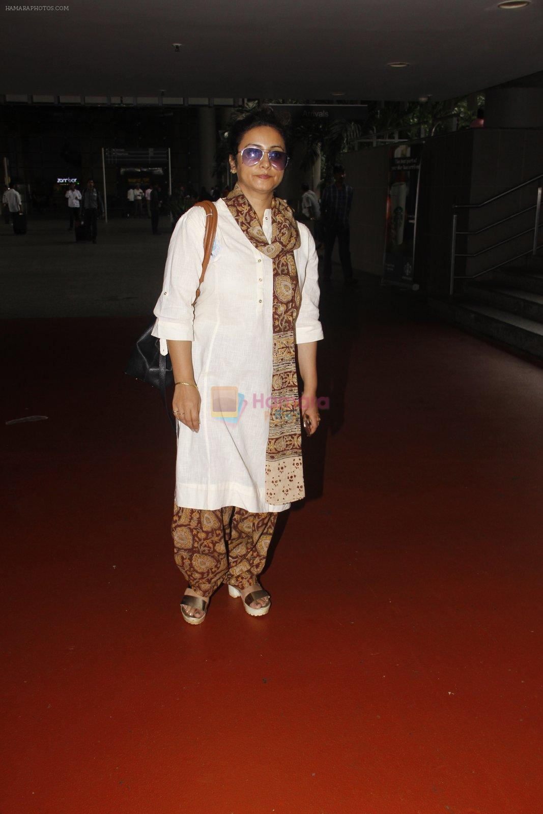 Divya Dutta snapped at airport on 22 Sept 2016