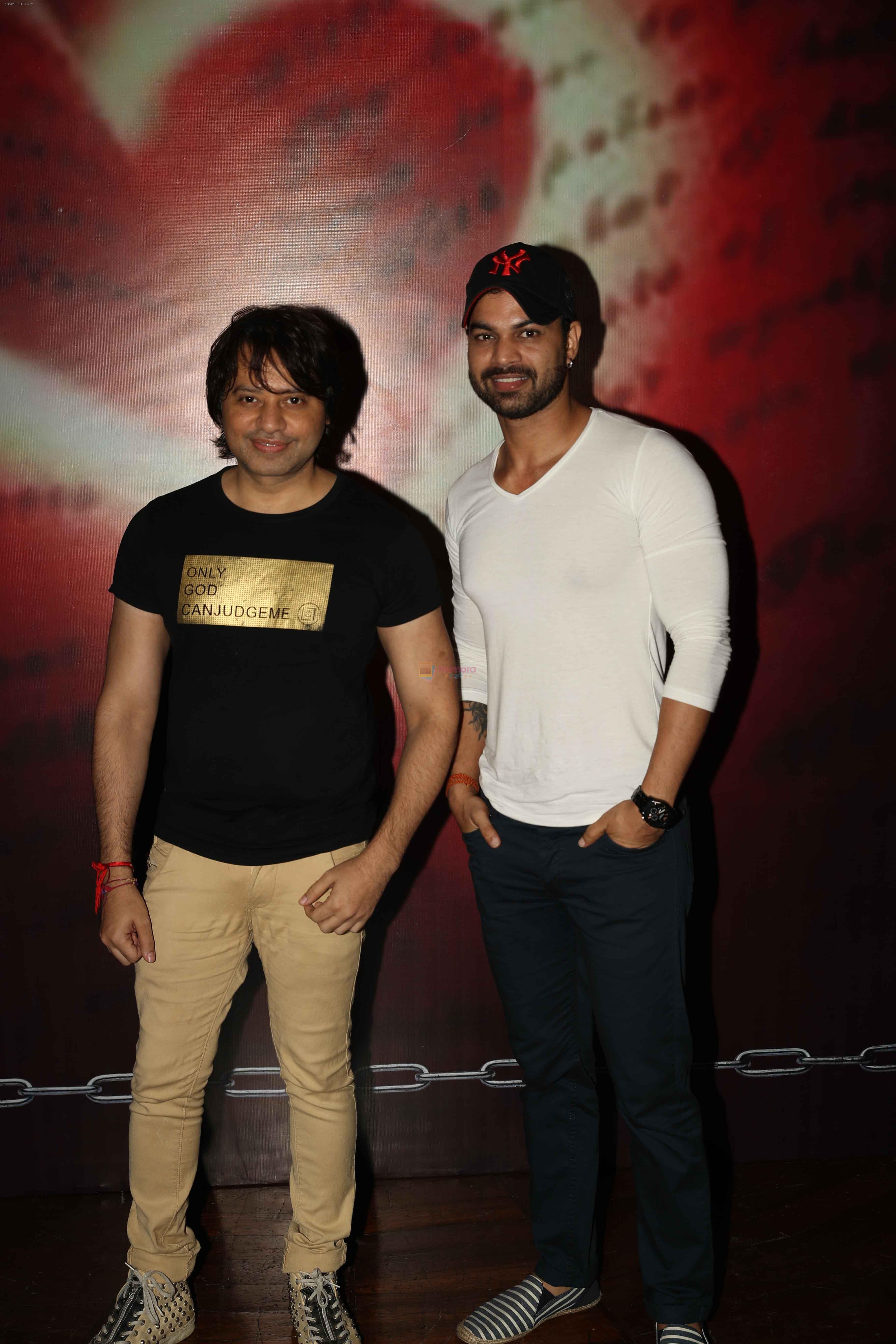 Yuvraj Parasar with Kapil Sharma