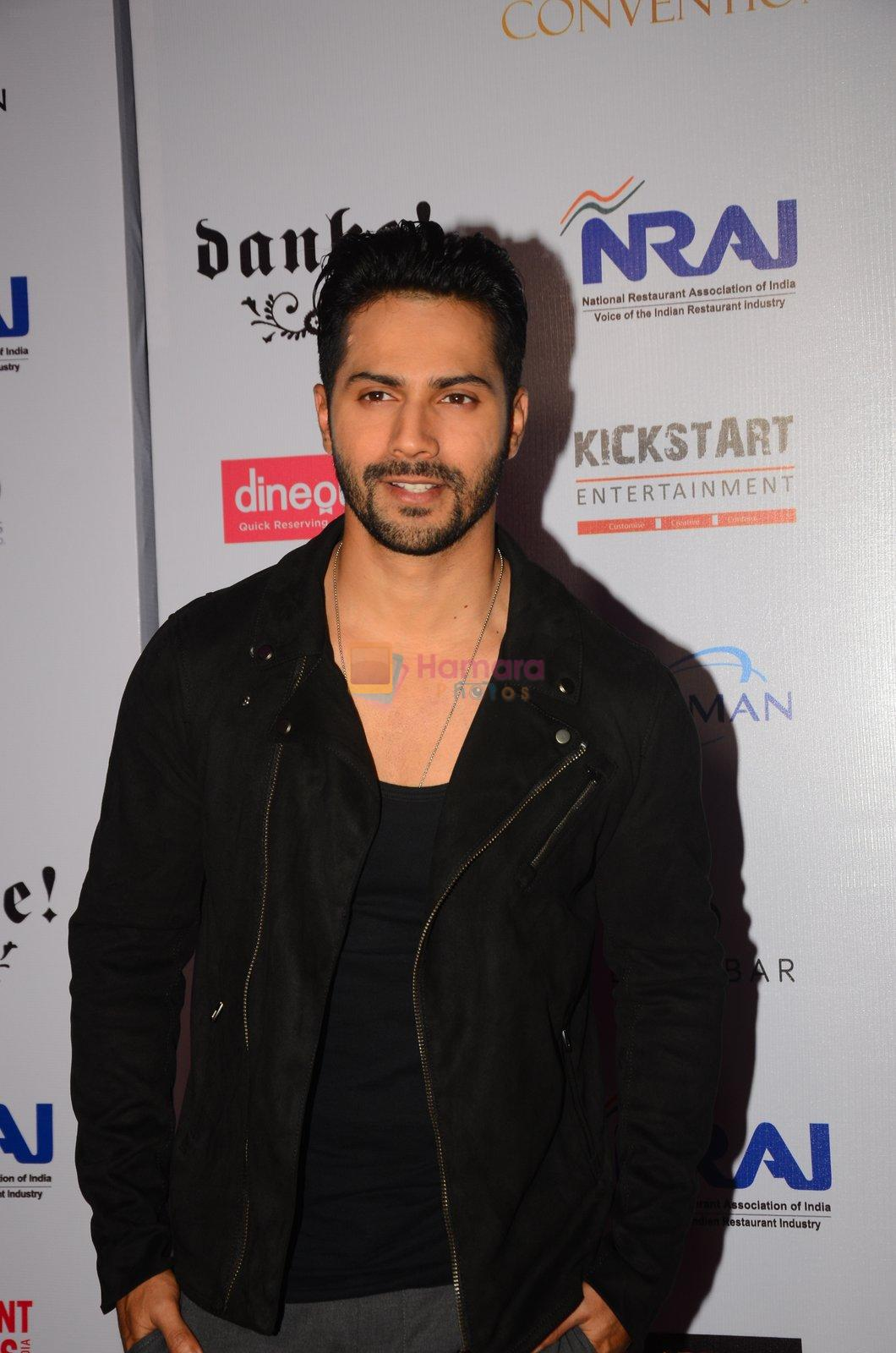 Varun Dhawan at Indian Nightlife convention on 26th Sept 2016