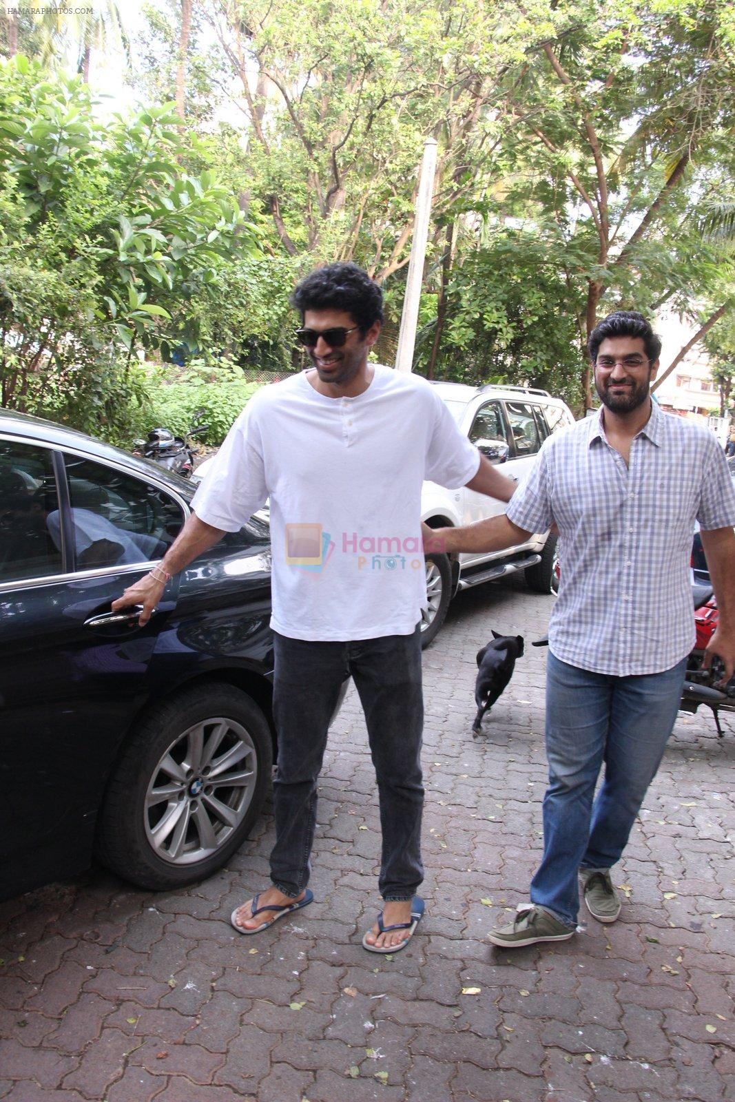 Aditya Roy Kapoor snapped on 28th Sept 2016