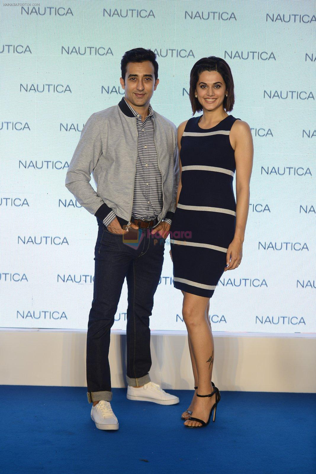 Taapsee pannu and rahul khanna at nautica event on 28th Sept 2016
