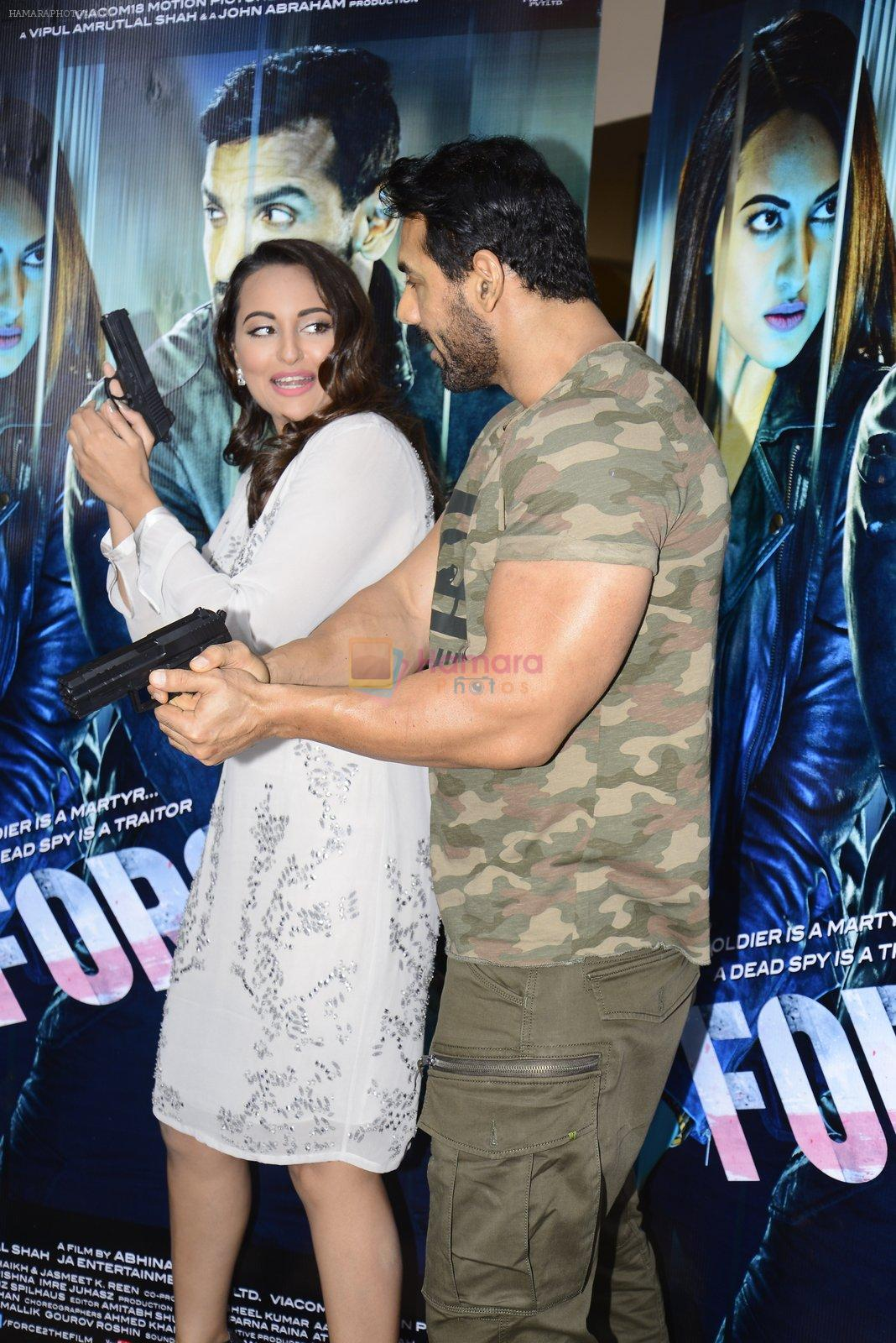 John Abraham, Sonakshi Sinha at Force 2 trailer launch in Mumbai on 29th Sept 2016