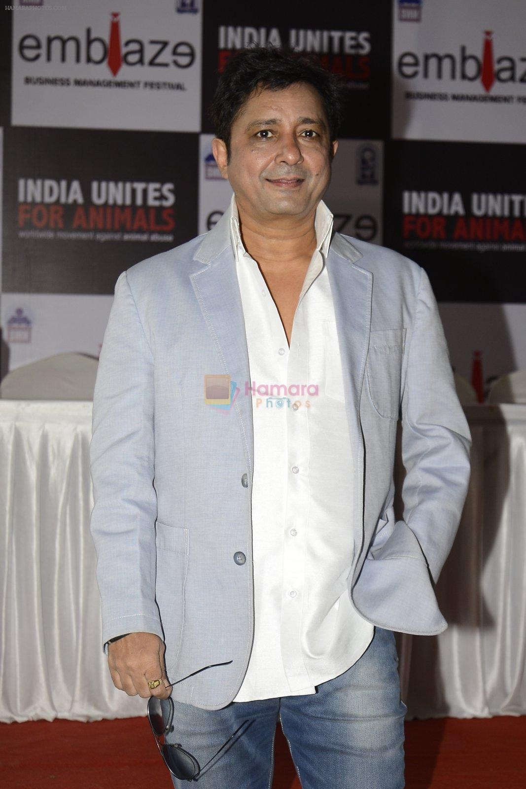 Sukhwinder Singh at India Unites for Animals Event in Mithibai college on 29th Sept 2016