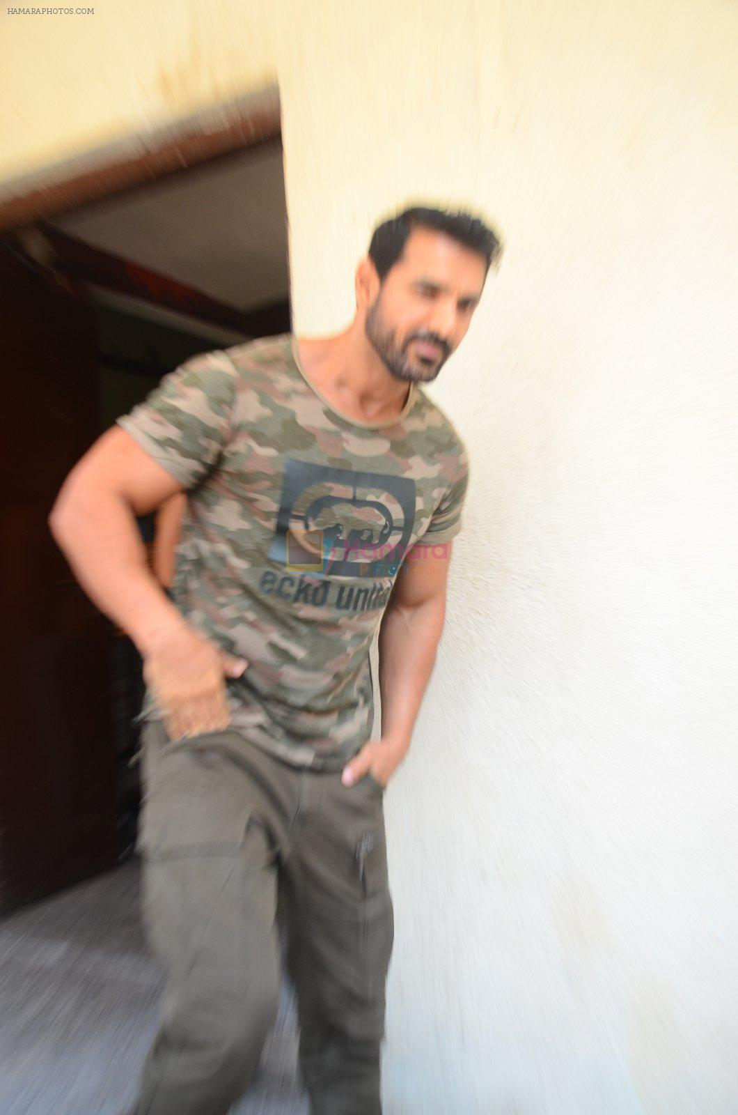 John Abraham at Force 2 trailer launch in Mumbai on 29th Sept 2016