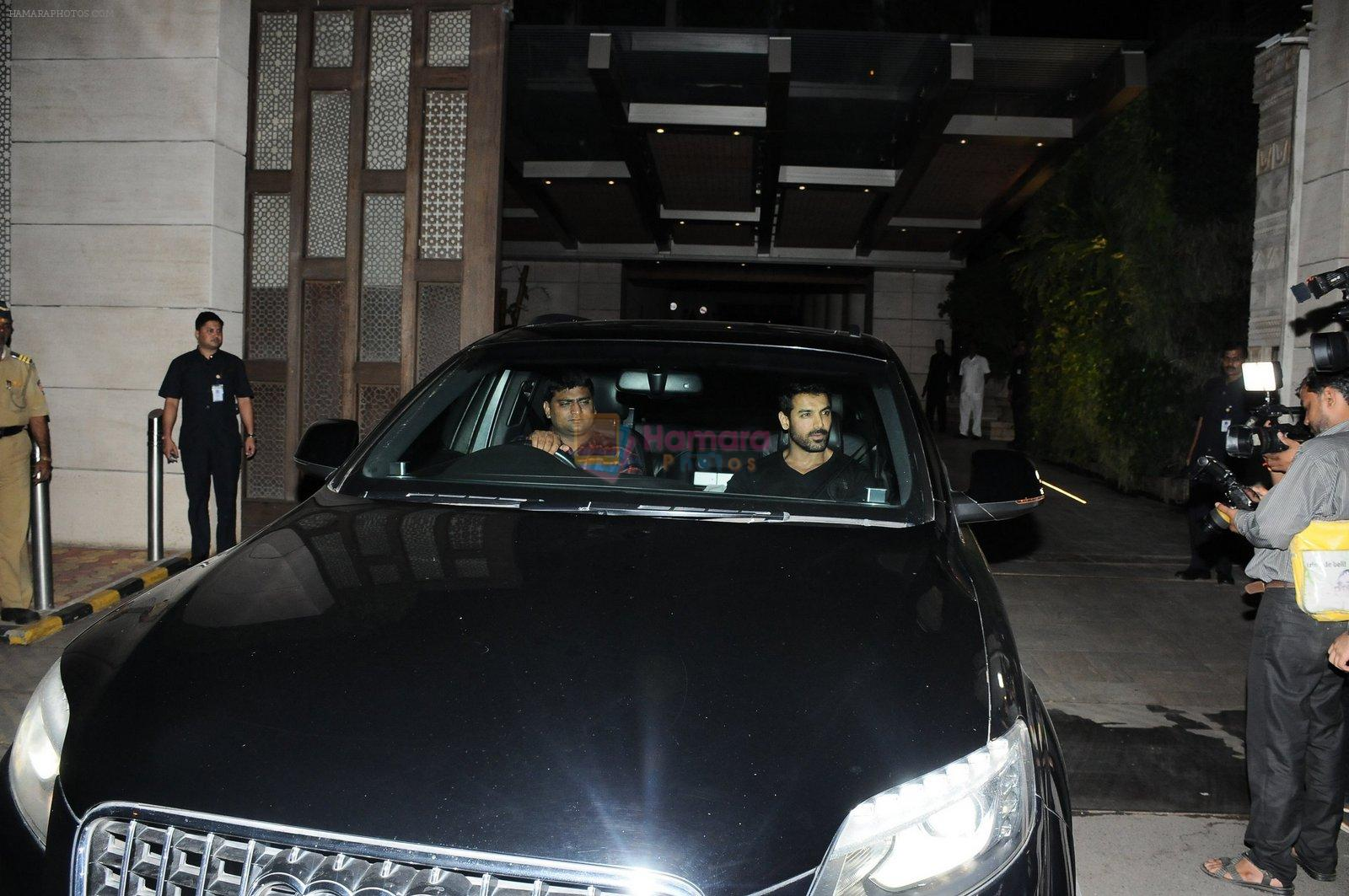 John Abraham snapped at Antila for ISL meet on 29th Sept 2016