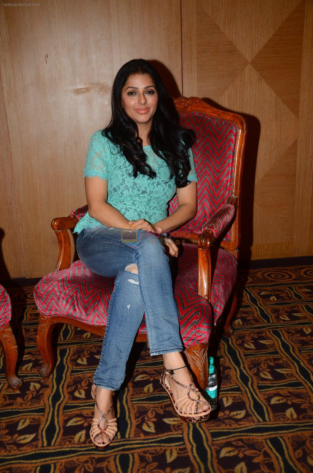 Bhumika Chawla snapped in Mumbai on 29th Sept 2016