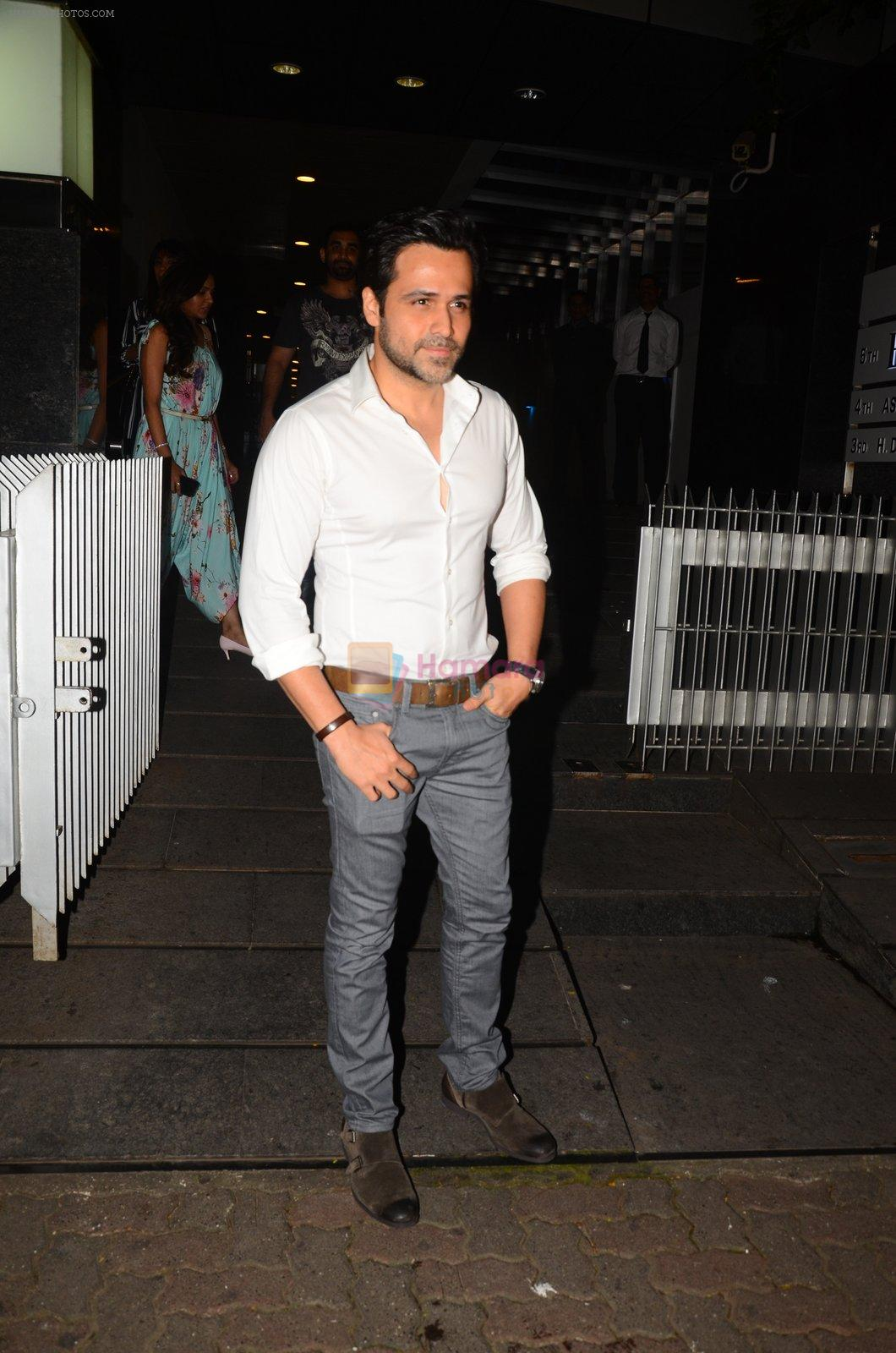 Emraan Hashmi snapped post dinner on 30th Sept 2016