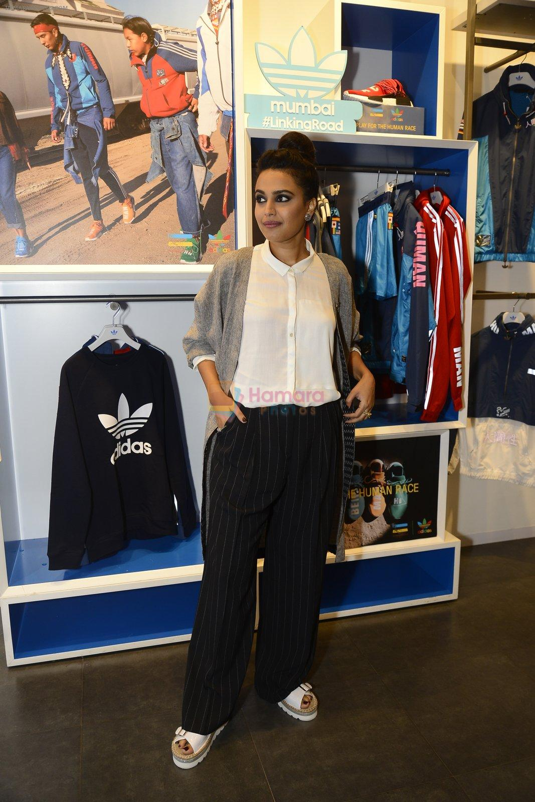 Swara Bhaskar at Adidas Event in Mumbai on 30th Sept 2016