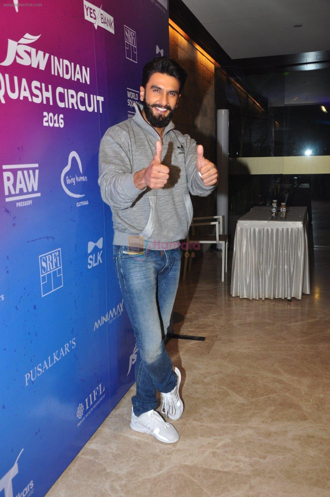 Ranveer Singh at JSW awards function on 2nd Oct 2016