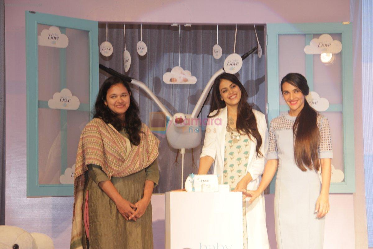 Genelia D Souza and Tara Sharma at launch of Baby Dove in India on 4th Oct 2016