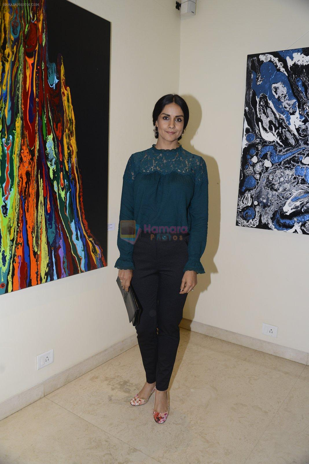 Gul Panag at Anu Malhotra art exhibition in Mumbai on 5th Oct 2016