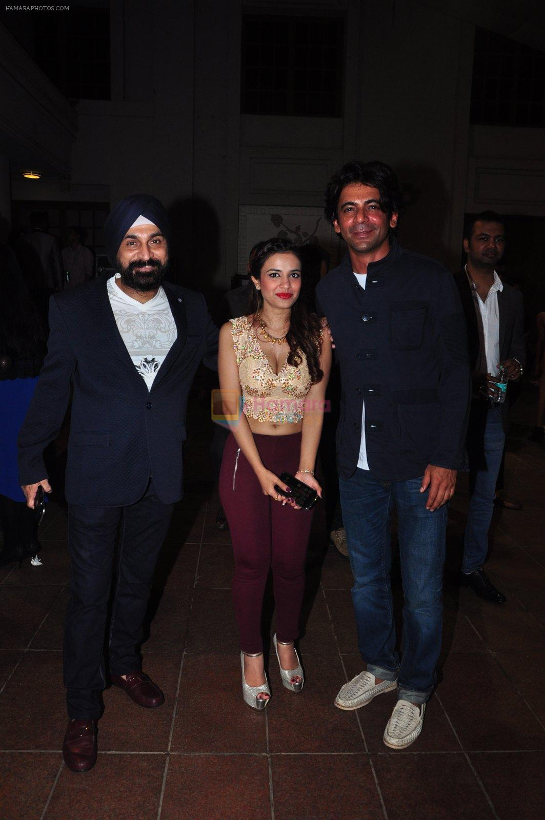 Sunil Grover at Kashmira Shah's bash for film Come back to me on 5th Oct 2016