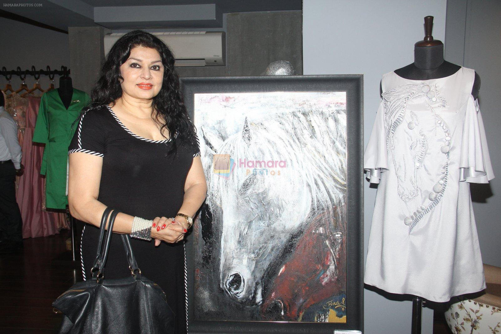 Kiran Juneja at Amy Billimoria's preview in Mumbai on 4th Oct 2016
