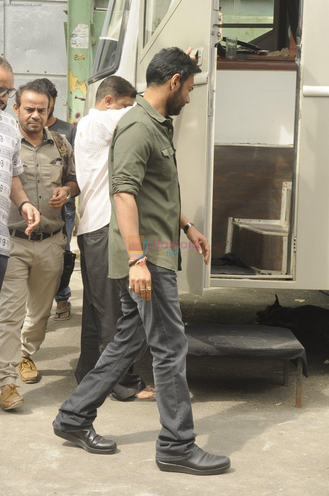 Ajay Devgan snapped at Filmcity on 6th Oct 2016