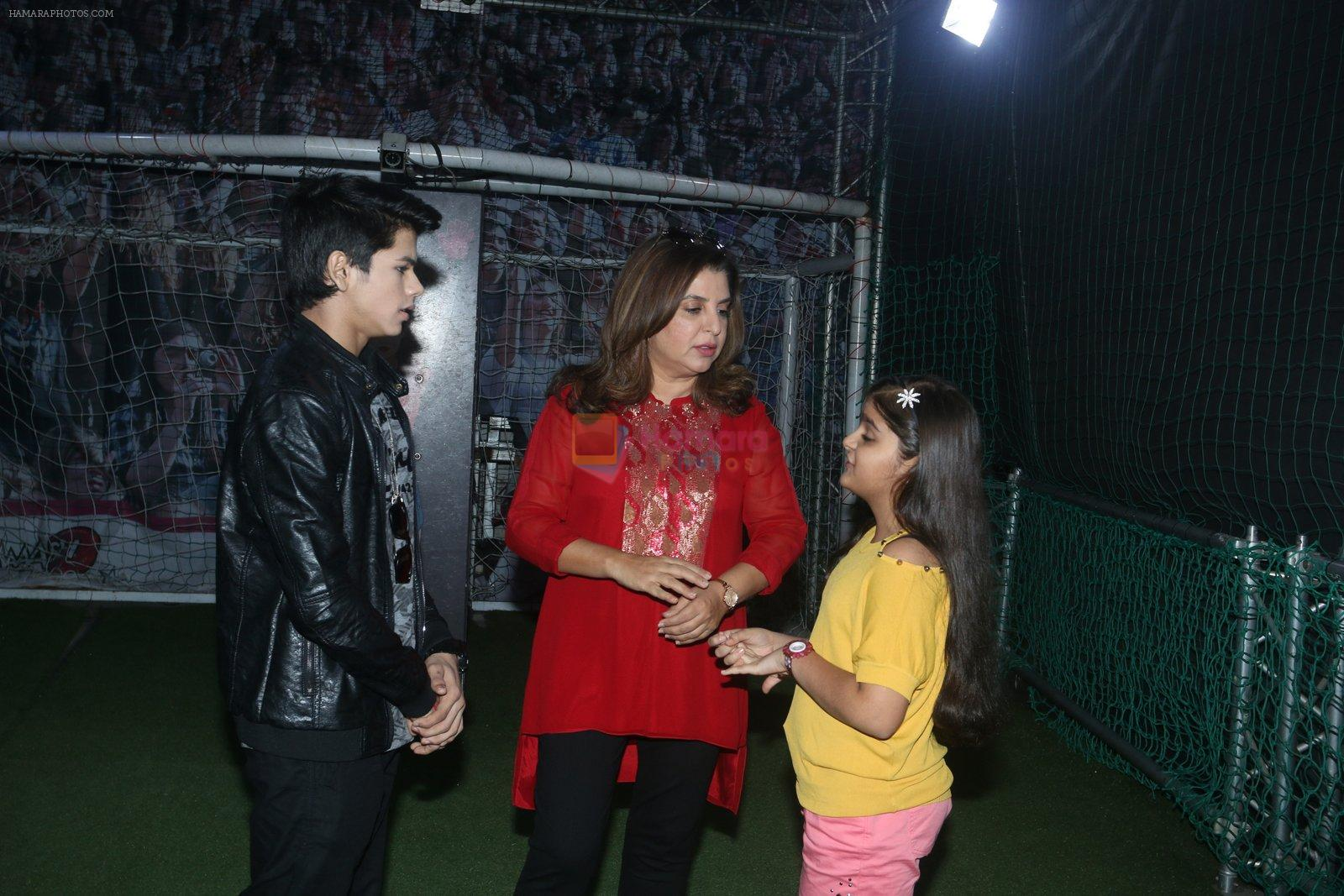 Farah Khan at smaash for jhalak promotions with welcome party for contestants on 6th Oct 2016