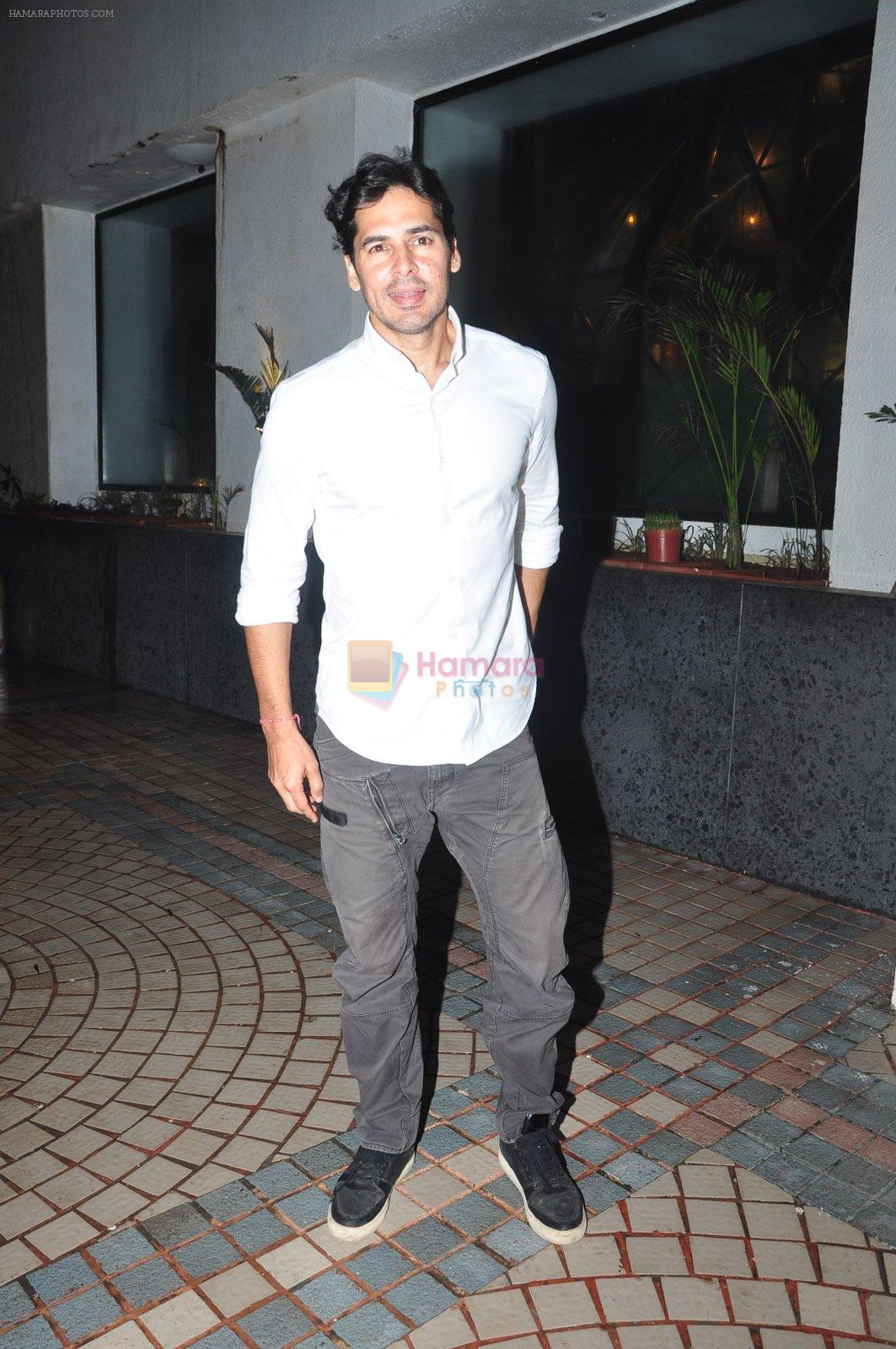 Dino Morea at Trilogy Bash on 6th Oct 2016