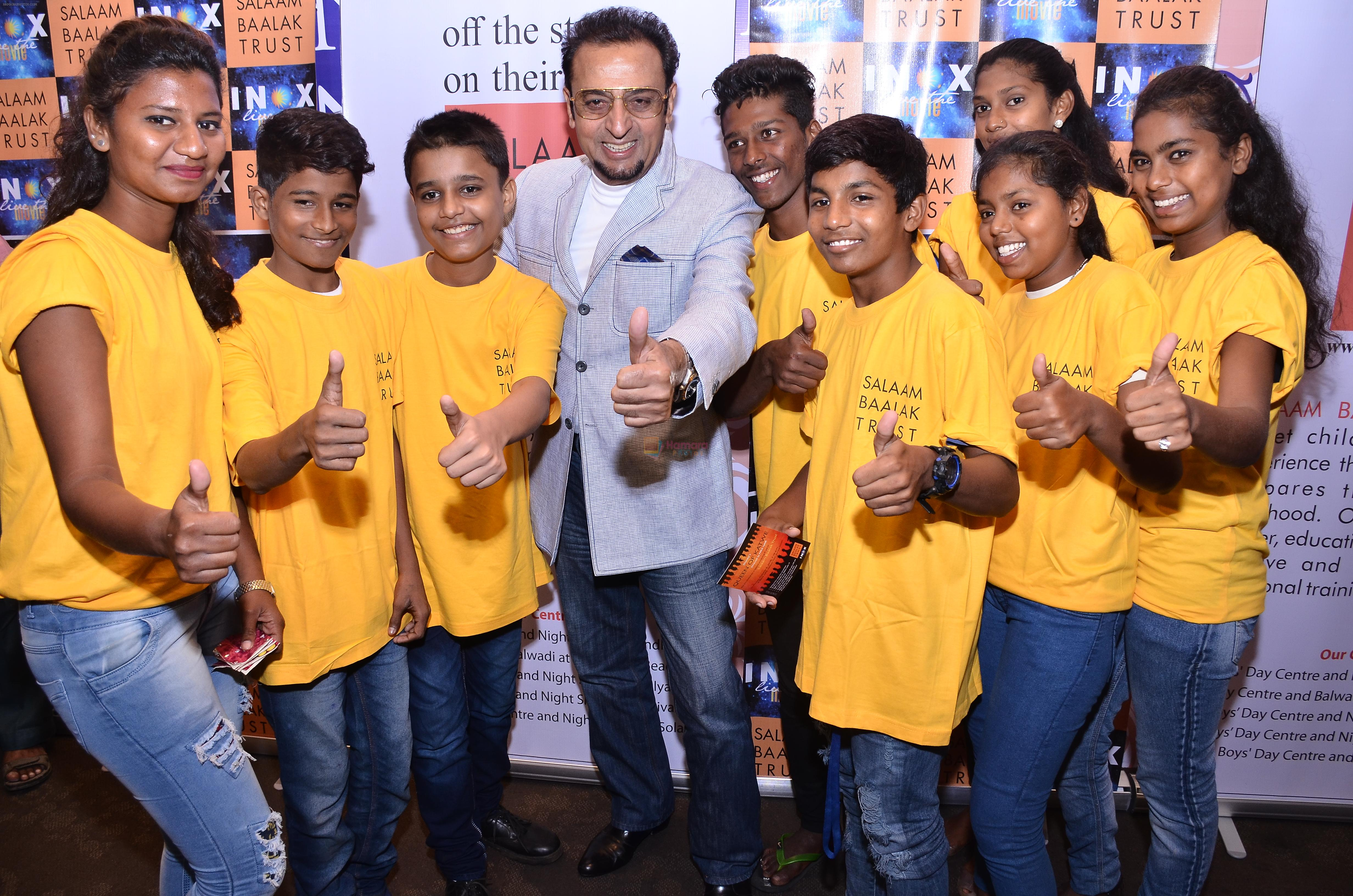 Gulshan Grover along with kids of Salaam Balak trust at INOX, Nariman point