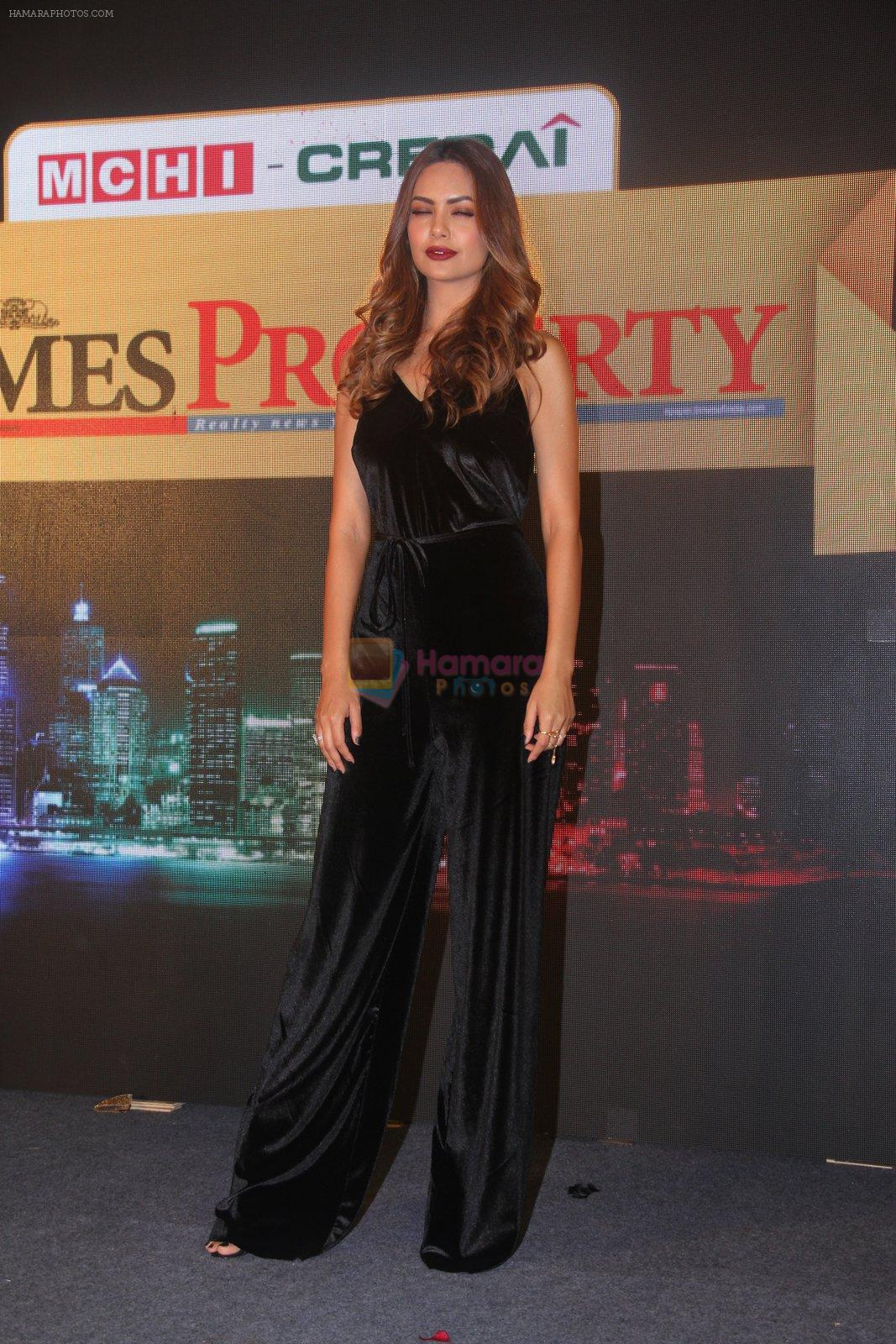 Esha Gupta at Times Property event on 8th Oct 2016