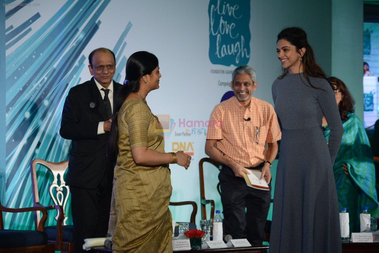Deepika Padukone at together against depression event on 10th Oct 2016