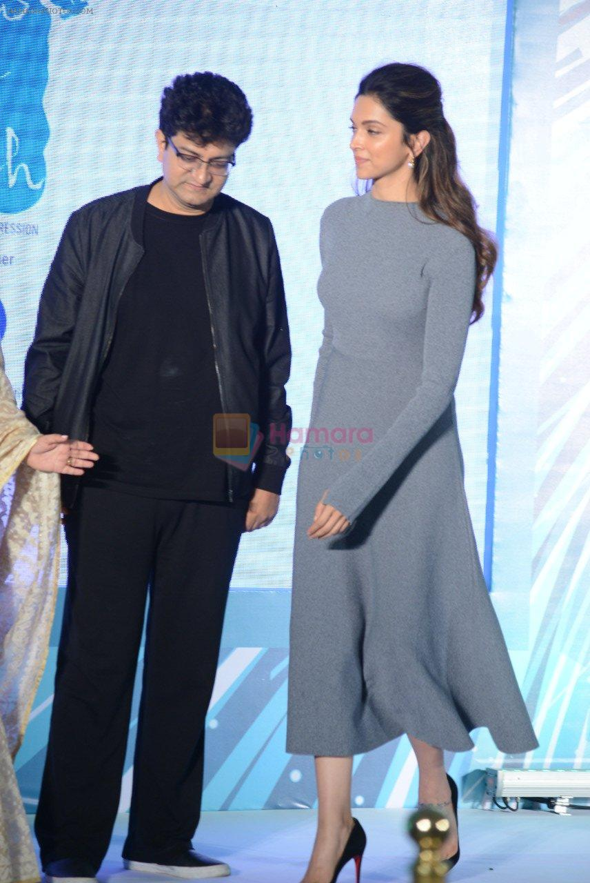 Parsoon Joshi, Deepika Padukone at together against depression event on 10th Oct 2016
