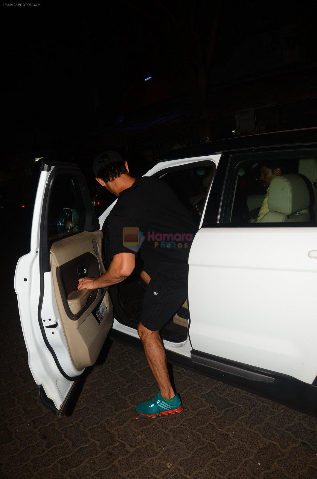 Sushant Singh Rajput snapped at Bandra and later at PVR on 9th Oct 2016