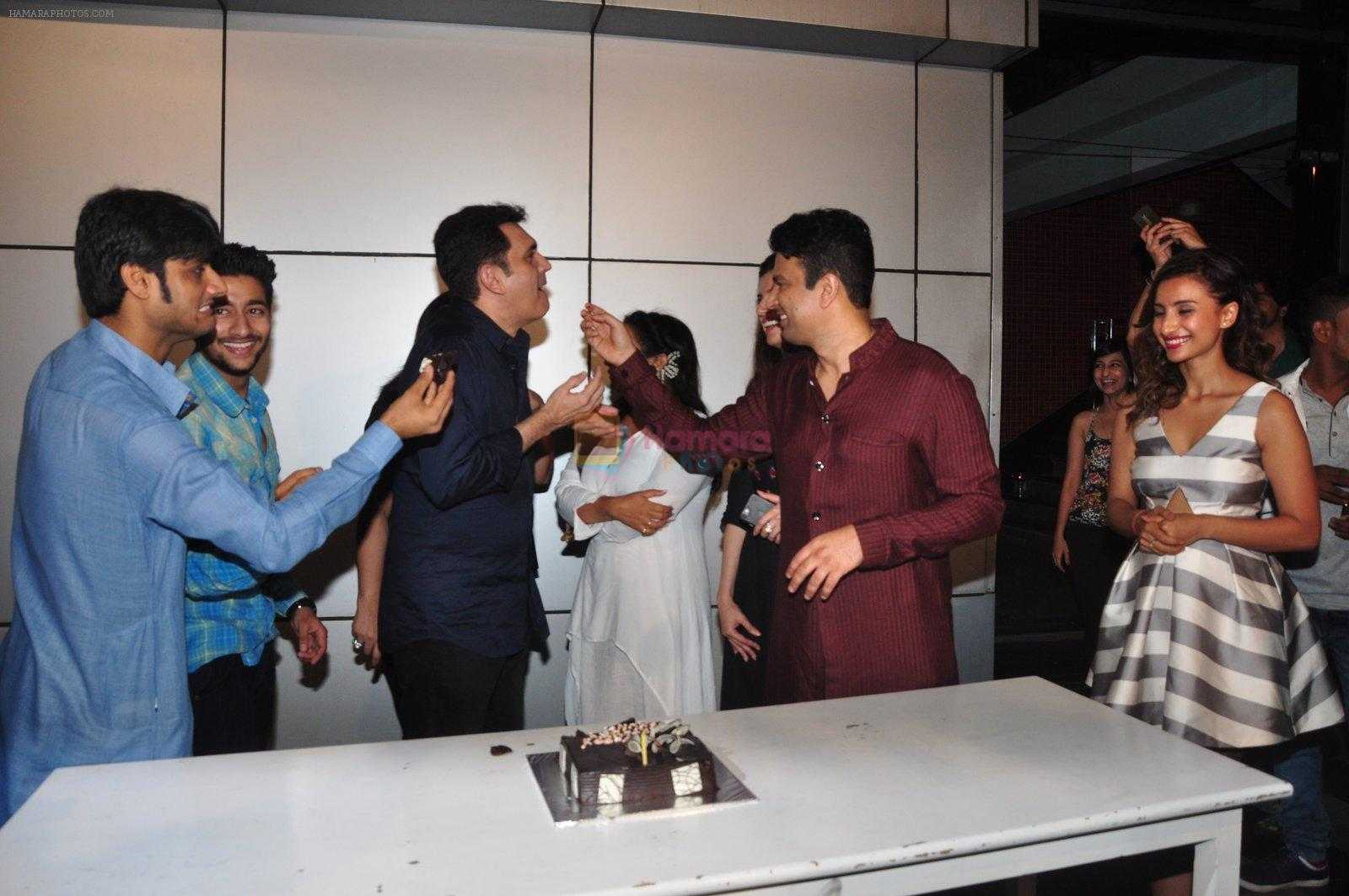 Omung Kumar bday Bash on 8th Oct 2016