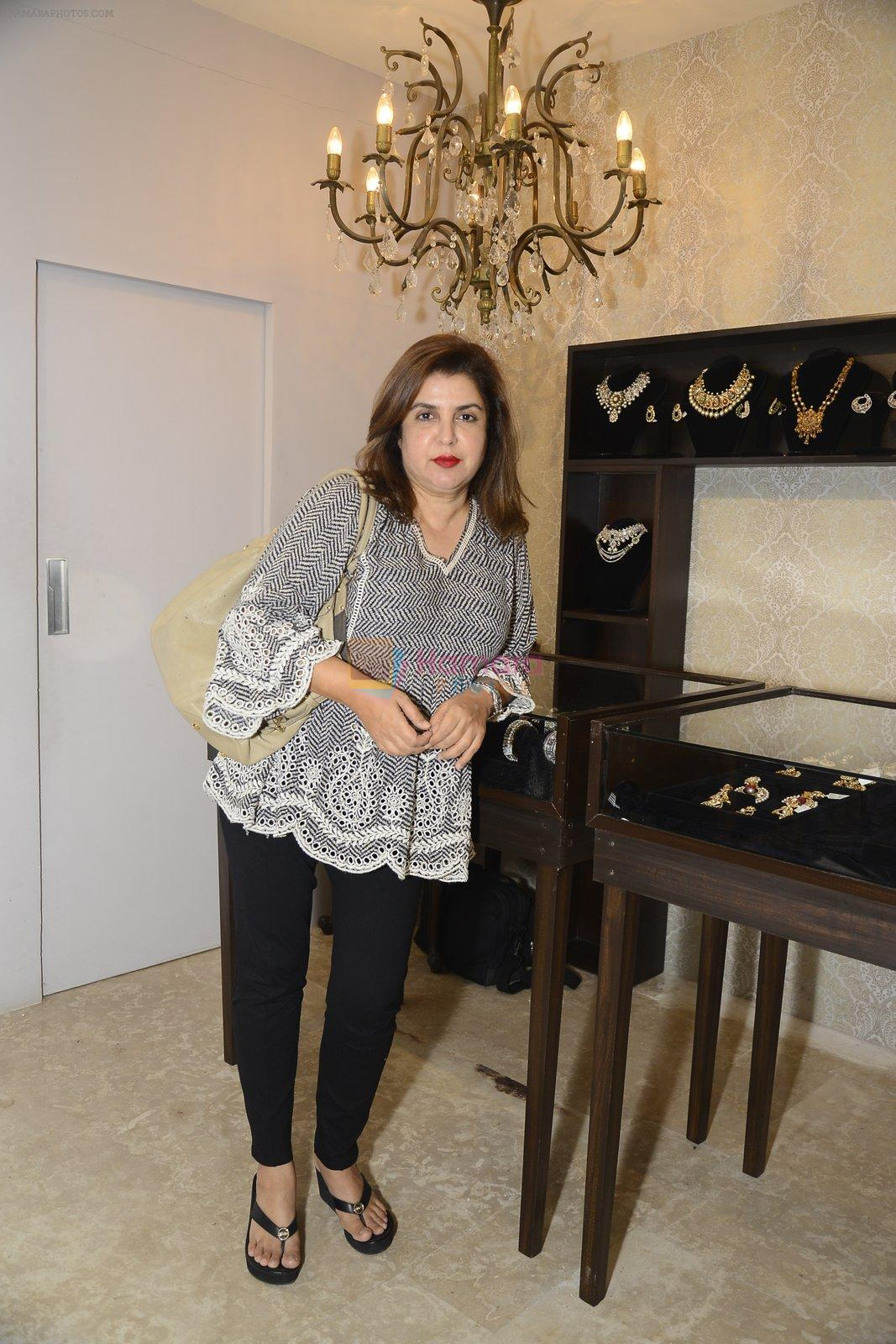 Farah Khan at designer Manali Jagtap store festive collection launch on 10th Oct 2016