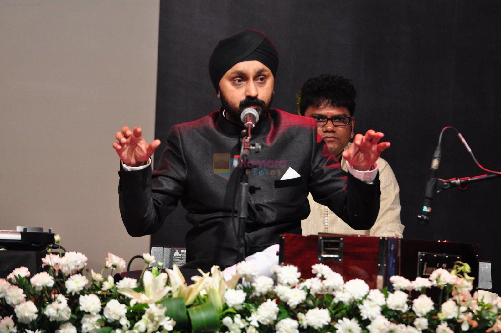 Jaswinder Singh at Jagjit Singh tribute concert with Tum Bin 2 team and T-Series on 10th Oct 2016